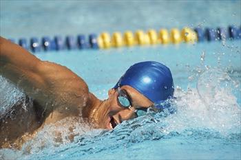 水泳上達コーチ